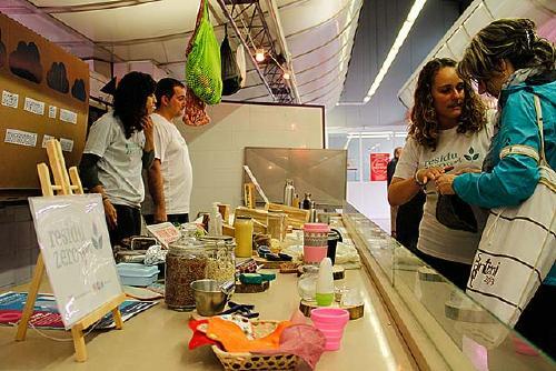 Residu Zero SPM, satisfeta de les jornades al Mercat Municipal per impulsar l'ús de l'envàs reutilitzable