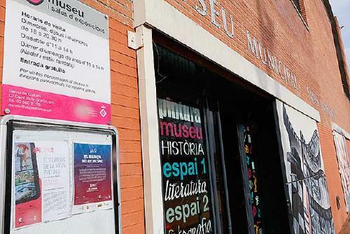 Aquest vespre s'inaugura l'exposició 'Viatge a través de 1.720 postals publicitàries', de Rosa Julià