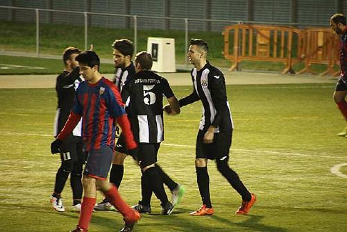 El primer equip de la UCF Santa Perpètua jugarà dissabte a casa contra l'Ametlla Associació Esportiva