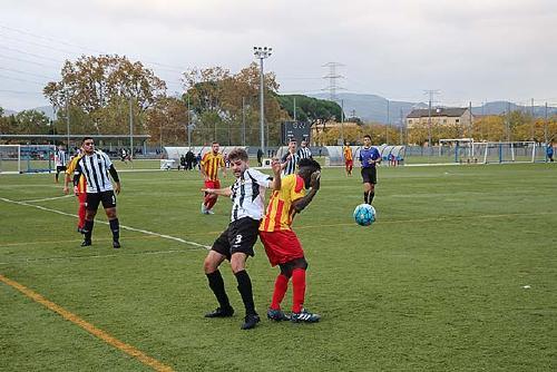 El conjunt de Quarta Catalana de la UCF Santa Perpètua va guanyar anit al camp del Premià B