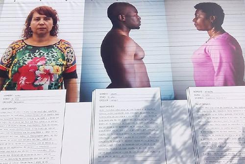 Sos Racisme presenta a partir d'avui l'exposició 'Esquerdes' a la Biblioteca Municipal