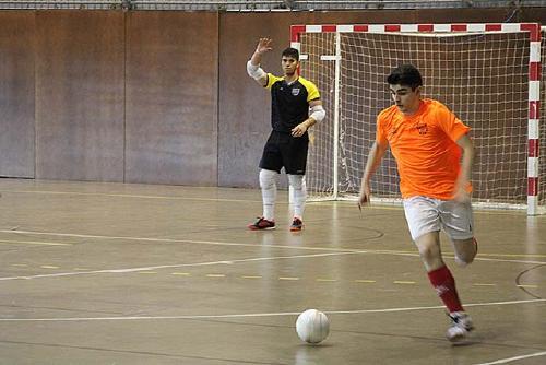 L'Sport Sala perd a la pista del Palau-Penya Barcelonista per 3 a 2