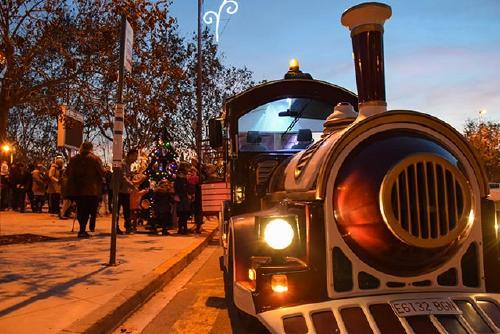 Unes 1.600 persones pugen al Tren del Nadal d'Els Comerciants
