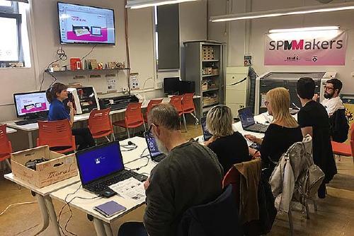 Desenvolupament Local organitza avui un curs sobre vinils a l'espai SPMMakers