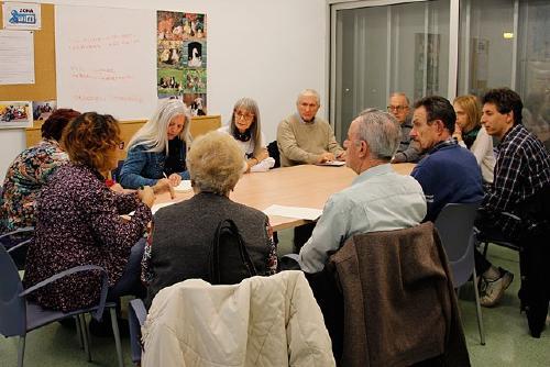 Vuit entitats participen avui en una taula rodona per commemorar el Dia Internacional del Voluntariat