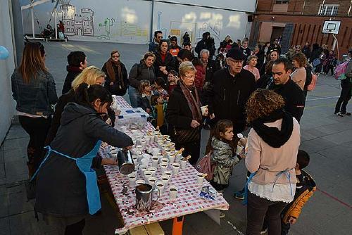 L'AMPA de l'Escola Tabor aconsegueix 624 euros durant la xocolatada solidària