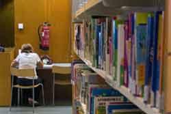 Aules d'estudi a la Biblioteca