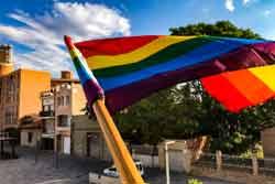 Xerrada virtual - Como se desarrolla el activismo LGTBI fuera de las capitales?