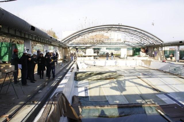 La piscina coberta s 39 obrir al p blic a mitjans del mes de for Piscina santa perpetua