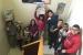 Alumnat de cinquè i sisè coneixen els mitjans de comunicació local durant visites escolars