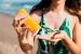 Sanitat recomana aquest any, a causa del confinament, fer una exposició gradual al sol per evitar el càncer de pell