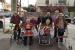 La gent gran de la Residència El Jardí regala frases boniques per Sant Jordi