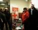 El PSC lliura joguines en el marc de la campanya de solidària de Creu Roja